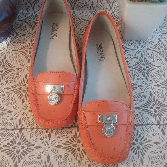 Michael Kors Charm Flats Loafers | Orange Dot, 7.5